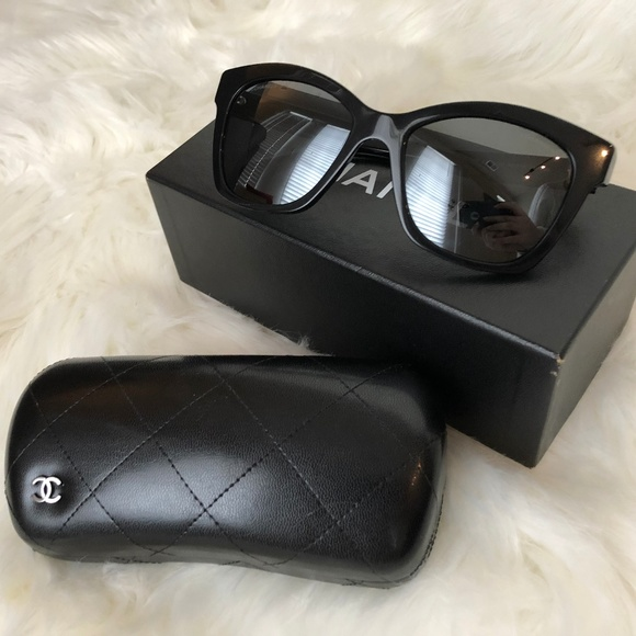a87abc2af4afb CHANEL Accessories - CHANEL Le Boy Brick Sunglasses